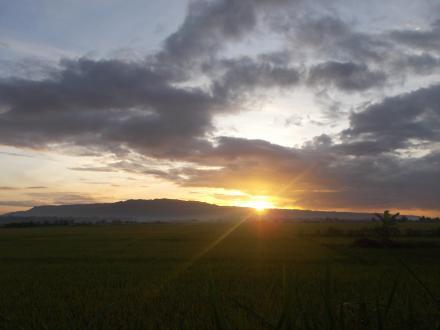 Sunrise dari Pesona Pengklik